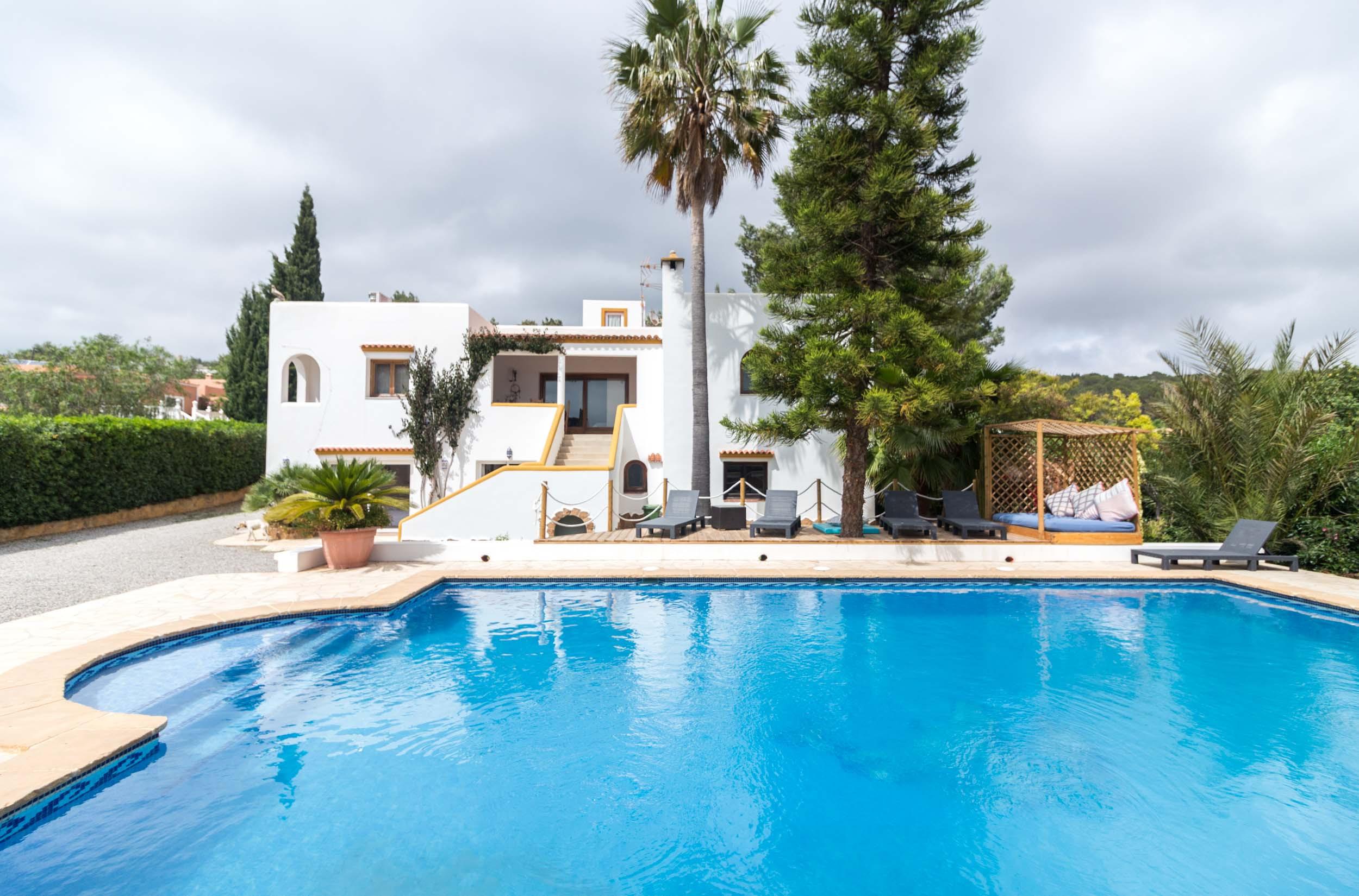 Santa Gertrudis - Villa