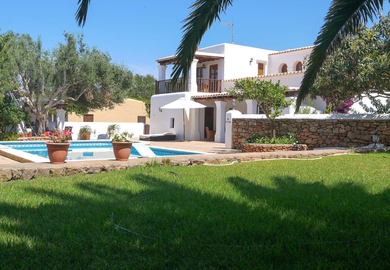 Landhaus in San Carlos/ Sant Carles de Peralta - CASA LAS DALIAS