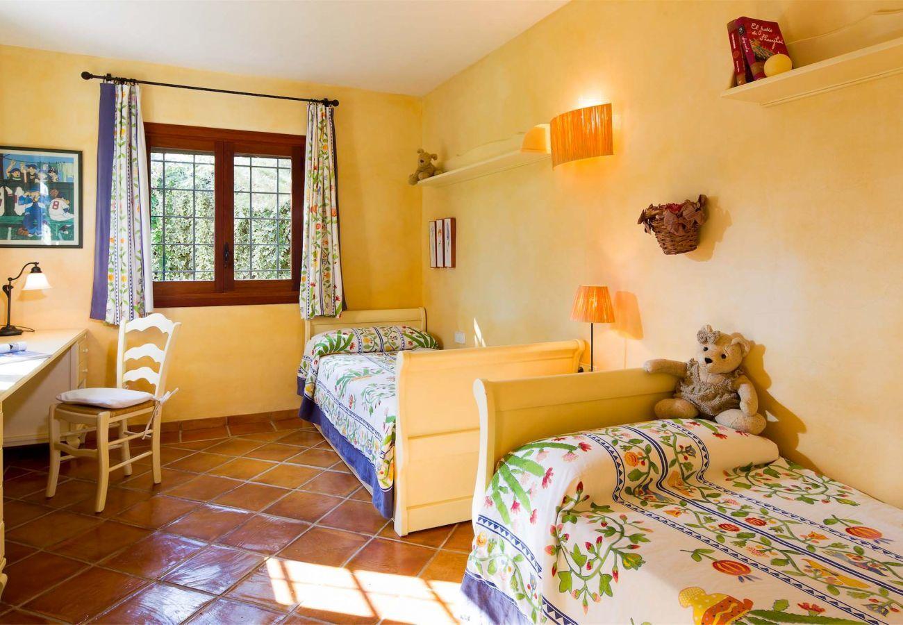 Landhaus in Santa Eulària des Riu - VILLA RURAL
