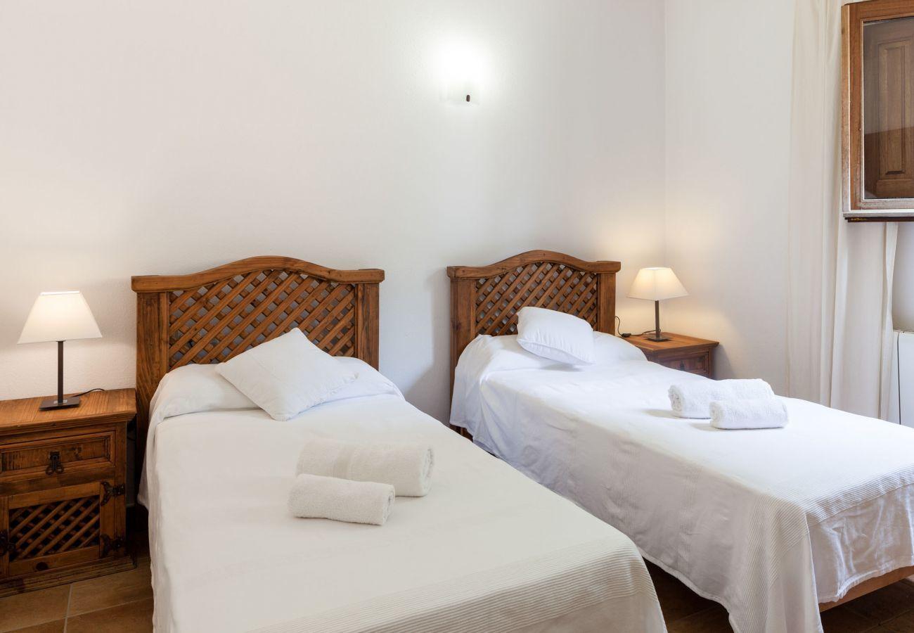Ferienhaus in Sant Antoni de Portmany - VILLA MANNY