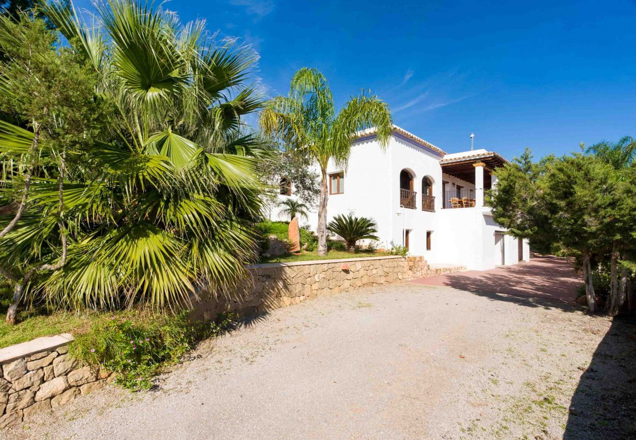 Villa in San Rafael de Sa Creu/ Sant Rafael de Sa Creu - VILLA BELLA