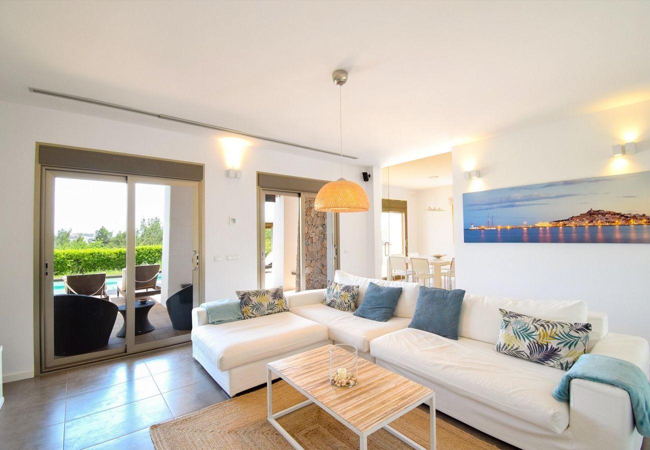 Villa in Ibiza - SES LLANERES