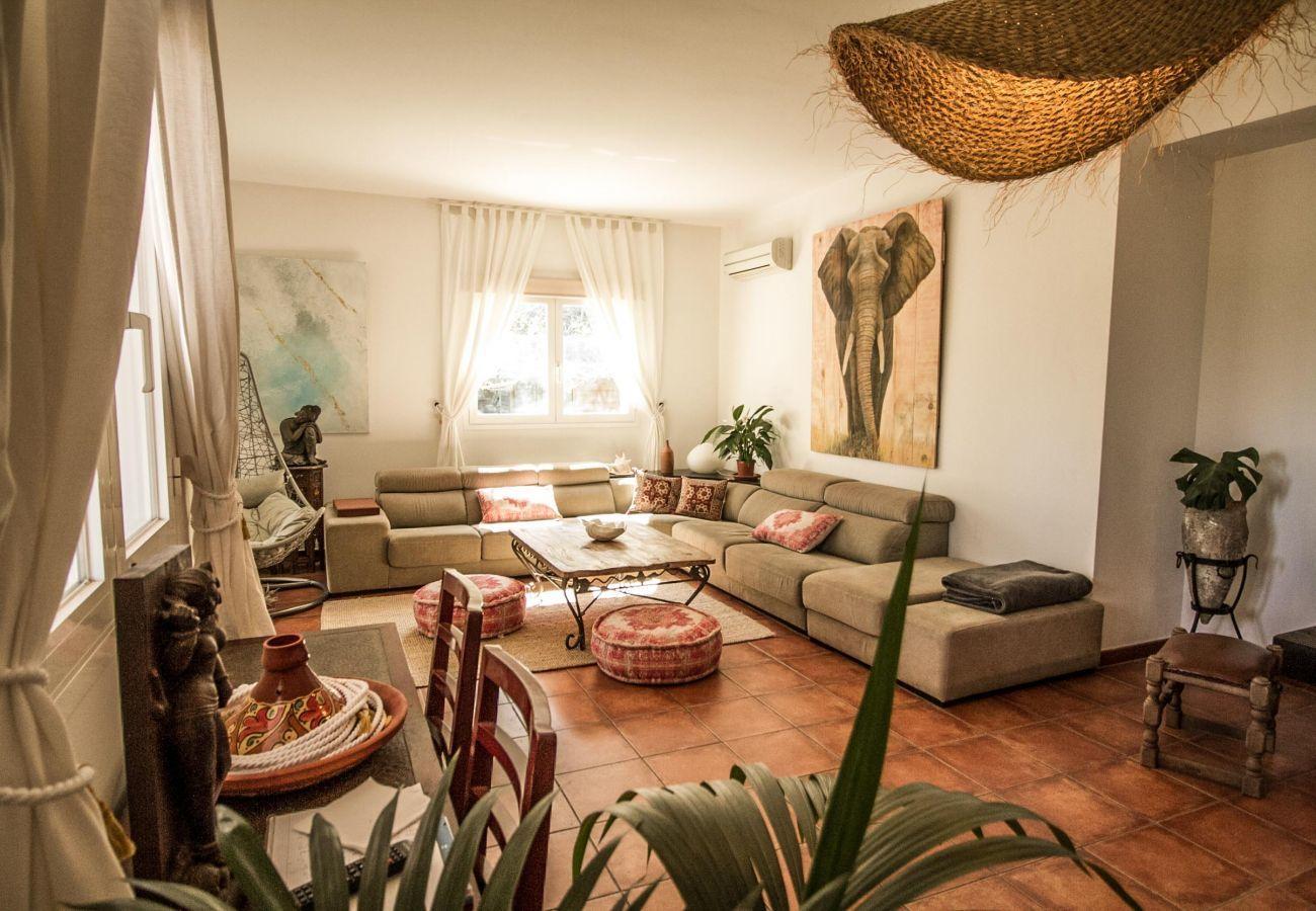 Landhaus in Santa Gertrudis - VILLA TAMHASS