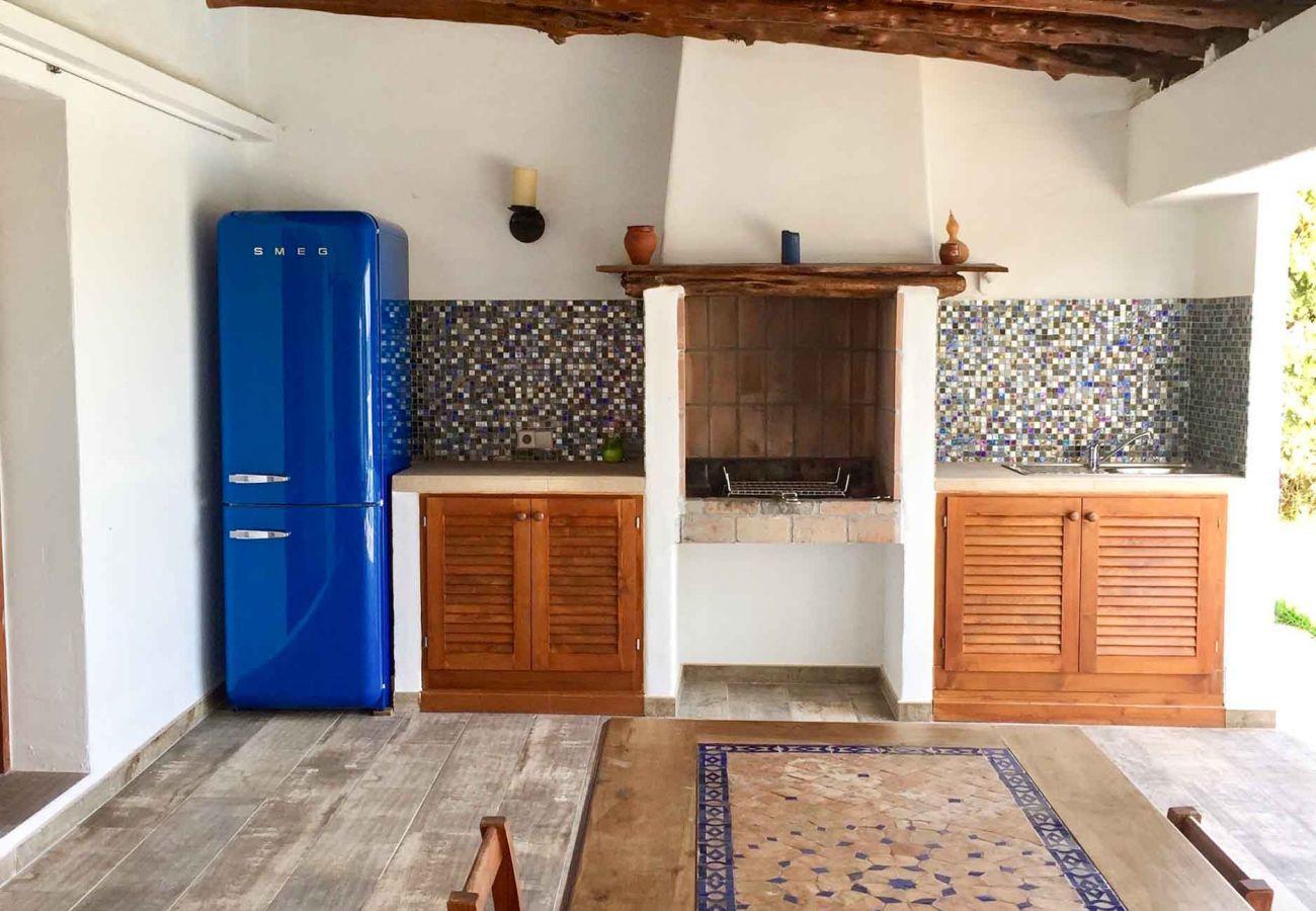 Landhaus in Santa Eulària des Riu - CAN ARTIST