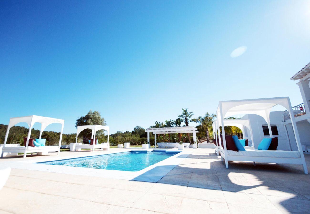 Villa in Santa Eulària des Riu - VILLA BONT